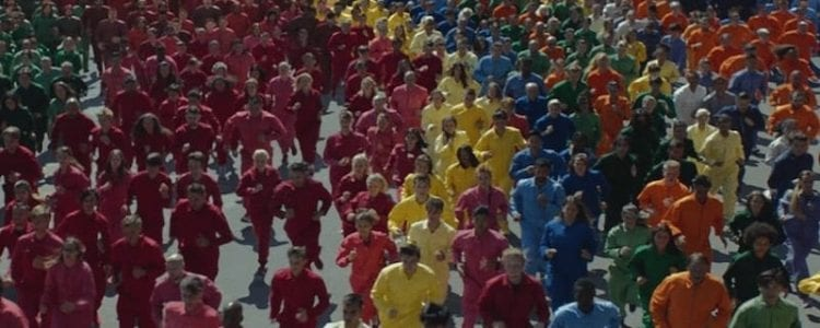 Güzel İki Reklam: British Airways – Face ve Apple – Color Flood